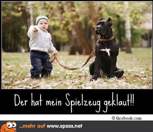 Baby mit großem Hund