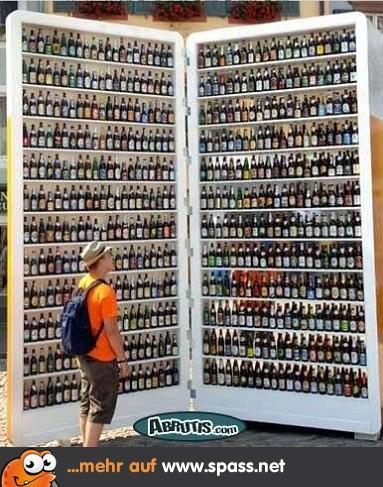Riesen-Kühlschrank mit Bier