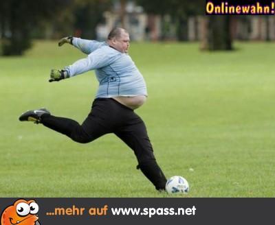 dicker Fußballer