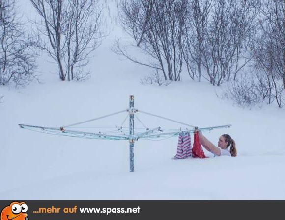 Schnee Lustige Bilder.Das Bisschen Schnee Lustige Bilder Auf Spass Net